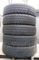 Dunlop. Всесезонные, износ: 10%, 2 шт