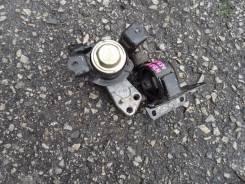 Подушка двигателя. Toyota WiLL VS, NZE127 Двигатель 1NZFE