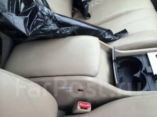 Бардачок. Nissan Murano, PNZ50 Двигатель VQ35DE