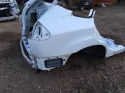 Задняя часть автомобиля. Lexus RX300 Toyota Harrier