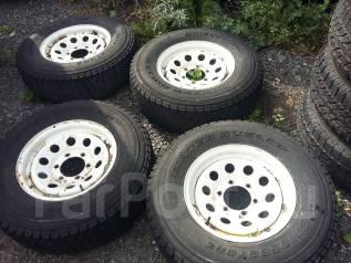 Продам отличный комплект колес. x15 6x139.70