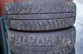 Bridgestone Ice Cruiser 7000. Зимние, шипованные, 2010 год, износ: 20%, 4 шт. Под заказ