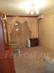2-комнатная, улица Адмирала Угрюмова 6. Пригород, частное лицо, 43 кв.м. Комната