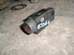 Кнопка включения аварийной остановки. Toyota Vista Ardeo, SV50