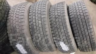 Dunlop DSV-01. Зимние, без шипов, 2007 год, износ: 20%, 4 шт