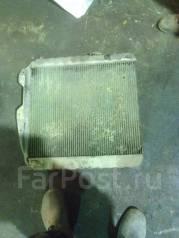 Радиатор охлаждения двигателя. Toyota Land Cruiser Prado