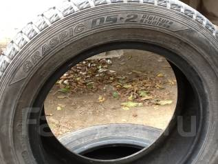 Dunlop Graspic DS2. Зимние, без шипов, 2011 год, износ: 5%, 4 шт