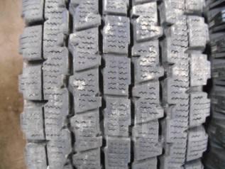 Bridgestone Blizzak Revo 969. Зимние, без шипов, 2006 год, износ: 30%, 2 шт