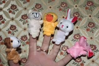 Куклы пальчиковые.