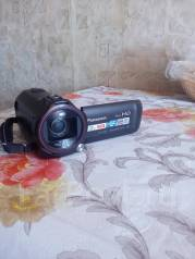 Panasonic HC-V730. 20 и более Мп, с объективом