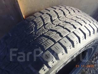 Dunlop Grandtrek SJ6. Зимние, без шипов, 2011 год, износ: 50%, 4 шт