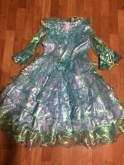 Отдам платье за коробку птичьего молока, на 7 лет
