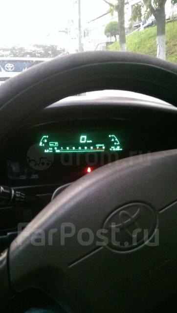 Toyota Cresta. автомат, задний, 2.5 (180 л.с.), бензин, 250 тыс. км