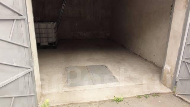 Гаражи капитальные. улица Яшина 38, р-н Кировский, 74 кв.м., электричество, подвал.