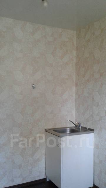 1-комнатная, улица Ладыгина 9. 64, 71 микрорайоны, частное лицо, 36 кв.м.