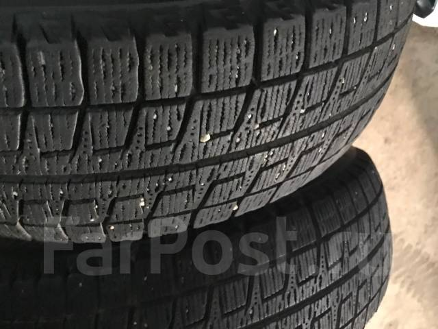 Bridgestone Blizzak Revo2. Зимние, без шипов, 2010 год, износ: 30%, 2 шт