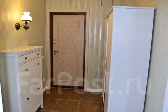 2-комнатная, улица Залесная 35. Заря, частное лицо, 50 кв.м. Прихожая