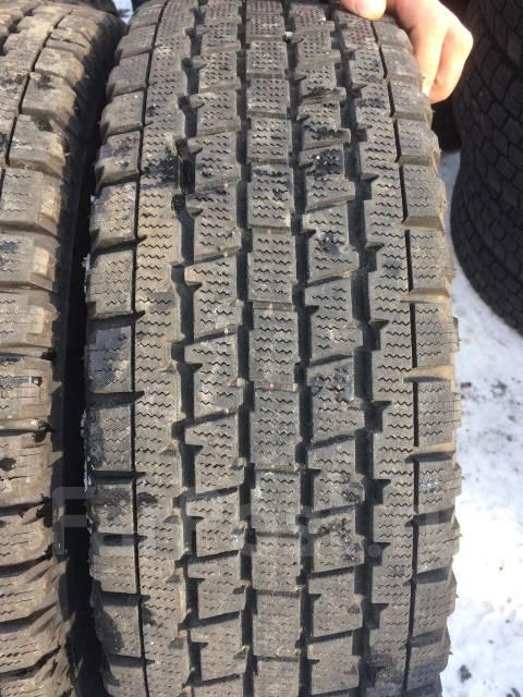 Bridgestone. Всесезонные, 2010 год, износ: 10%, 2 шт