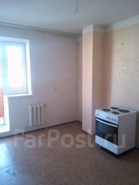 2-комнатная, улица Адмирала Горшкова 30. Снеговая падь, частное лицо, 53 кв.м.