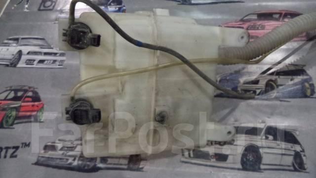 Бачок стеклоомывателя. Toyota Harrier, MCU35W Двигатель 1MZFE