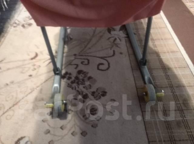 Санки-коляски.