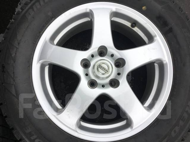 215/65R16 Bridgestone Revo2 на литье Nissan. (16483R). 6.5x16 5x114.30 ET45