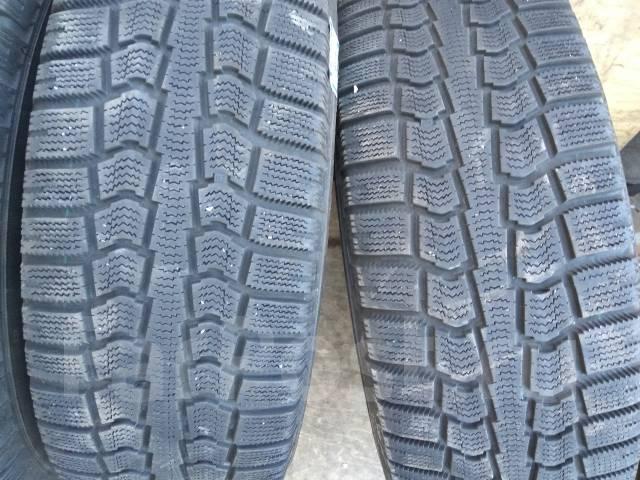 Продам зимние шины 195/65R15 на оригинальных дисках Toyota. 6.0x15 5x100.00 ET45