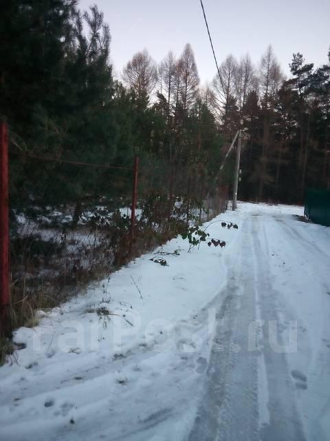 Продам земельный участок. 100 кв.м., собственность, электричество, вода, от частного лица (собственник)