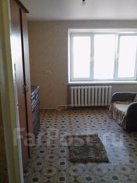 Гостинка, улица Березовая 21а. Чуркин, частное лицо, 18 кв.м. Комната