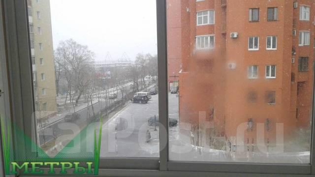 3-комнатная, улица Бестужева 23. Эгершельд, агентство, 52 кв.м. Вид из окна днём