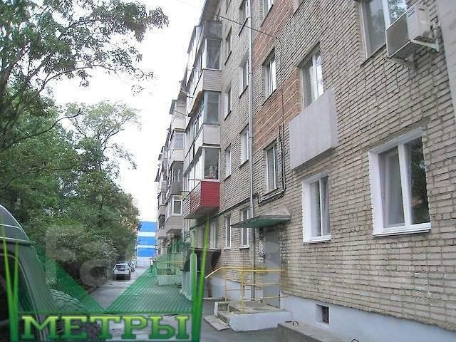 3-комнатная, улица Бестужева 23. Эгершельд, агентство, 52 кв.м. Дом снаружи