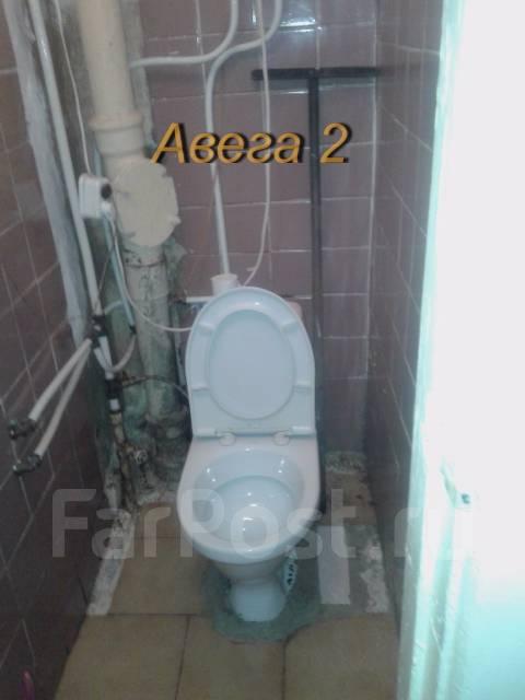 2-комнатная, улица Киевская 12. Чуркин, проверенное агентство, 45 кв.м. Сан. узел