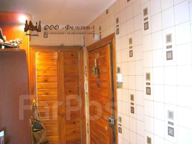 4-комнатная, проспект 100-летия Владивостока 143. Вторая речка, агентство, 67 кв.м. Прихожая
