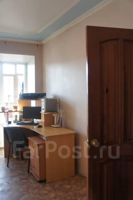 2-комнатная, улица Угловая 48. Сахпоселок, агентство, 49 кв.м.