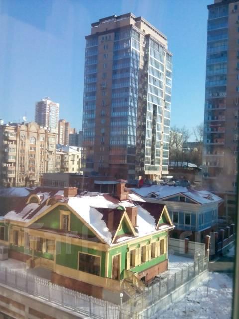1-комнатная, улица Истомина 22а. Центральный, агентство, 43 кв.м. Вид из окна днём