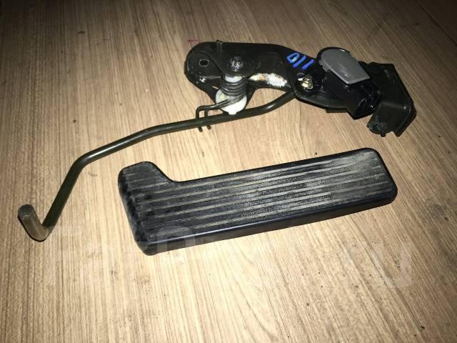 Концевик под педаль тормоза. Toyota Verossa, JZX110 Toyota Mark II, JZX115, JZX110 Двигатель 1JZFSE