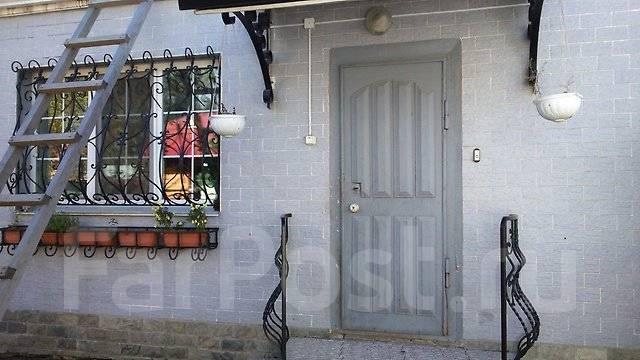 Продаётся дом с мансардой в центре. Ул. Краснознаменная, р-н Центр, площадь дома 140 кв.м., централизованный водопровод, электричество 15 кВт, отопле...