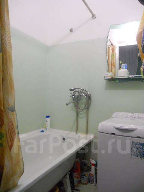 3-комнатная, улица Замараева 25. Центр, частное лицо, 63 кв.м. Сан. узел