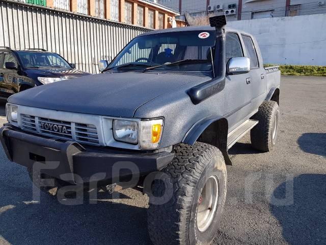 Фара. Toyota Hilux Pick Up, LN107, LN106