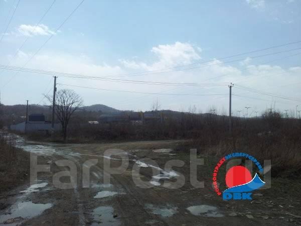 Продается земля на Спутнике во Владивостоке. 721 кв.м., собственность, электричество, вода, от агентства недвижимости (посредник)
