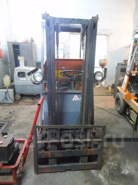 Toyota. Вилочный погрузчик 2FGL9, 1 000 кг.