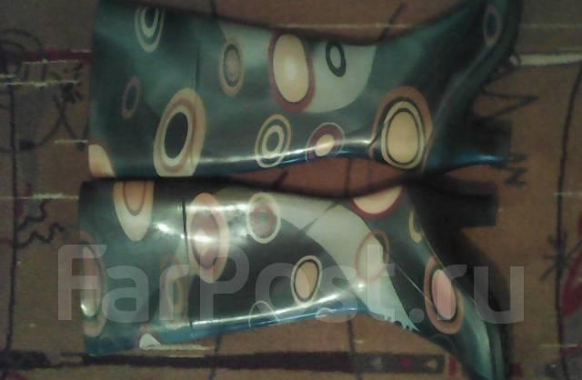 Сапоги резиновые. 38