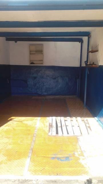 Гаражи кооперативные. Пологая, р-н Пологая, 18 кв.м., электричество, подвал. Вид изнутри