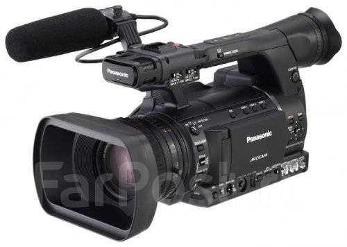 Panasonic AG-AC160. с объективом