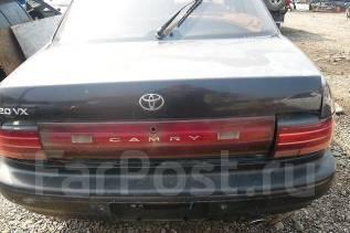 Стекло заднее. Toyota Camry, SV30