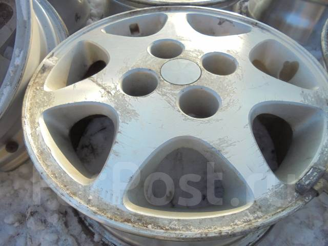 Nissan. 6.0x15, 4x114.30, ET40, ЦО 66,1мм. Под заказ