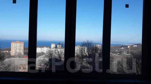 3-комнатная, улица Чкалова 22. Вторая речка, частное лицо, 55 кв.м. Вид из окна днём