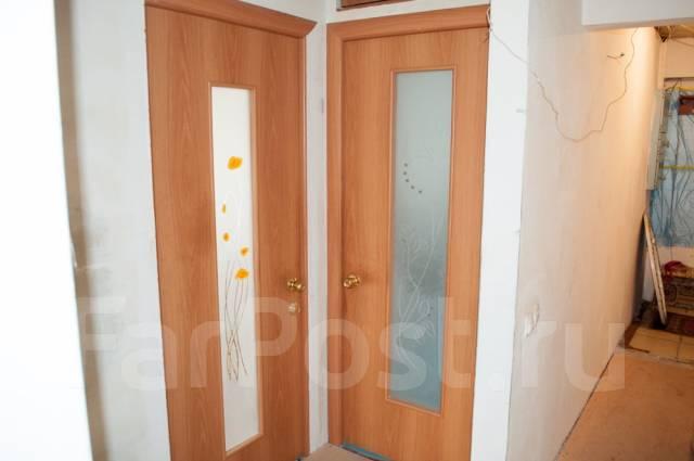 3-комнатная, проспект 100-летия Владивостока 139. Вторая речка, частное лицо, 70 кв.м. Прихожая