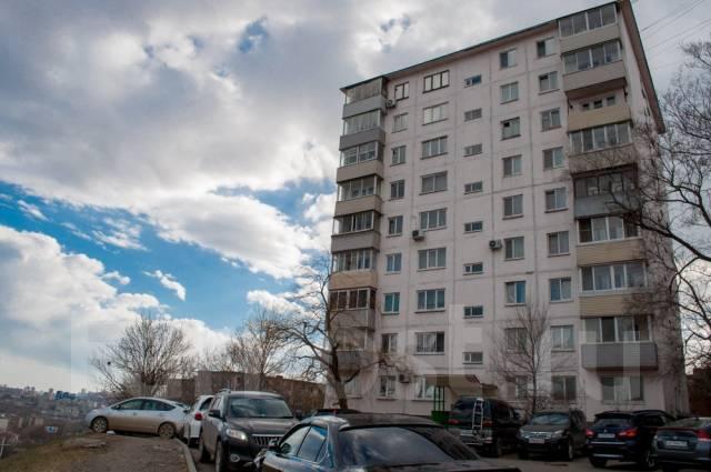 3-комнатная, проспект 100-летия Владивостока 139. Вторая речка, частное лицо, 70 кв.м. Дом снаружи