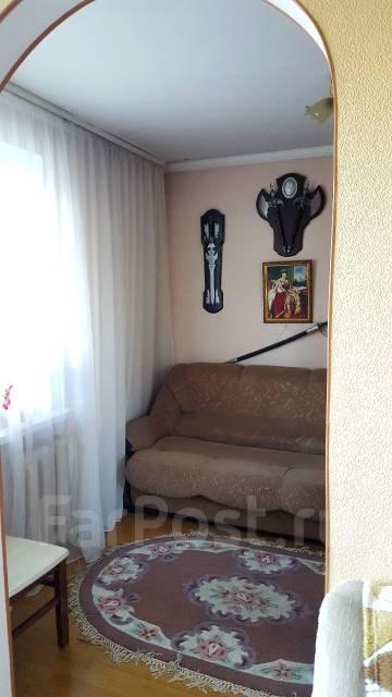 3-комнатная, улица Фирсова 8б. Столетие, агентство, 61 кв.м.